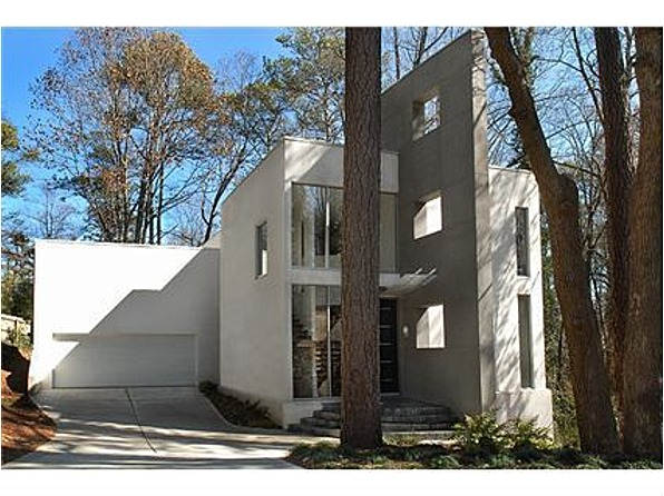 Atlanta modern foreclosure domorealty for Modern architecture homes for sale