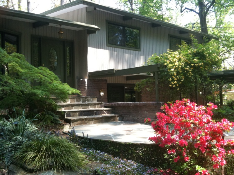 Mid-Century Modern Atlanta Home for sale