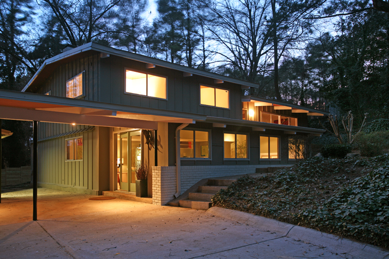 Richly textured mid century modern atlanta home just listed Contemporary homes atlanta