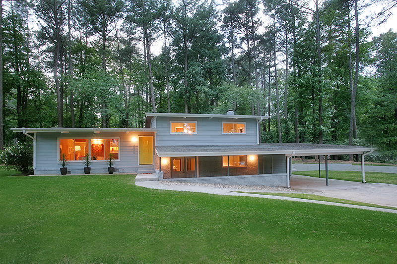 Before after atlanta mid century modern home domorealty Modern houses in atlanta