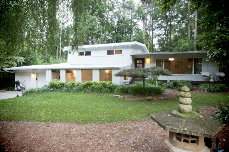 Northcrest mid century archives domorealty Modern houses in atlanta
