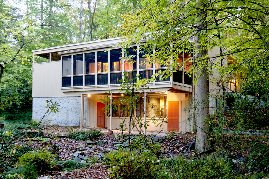 Contemporary Homes Atlanta for sale