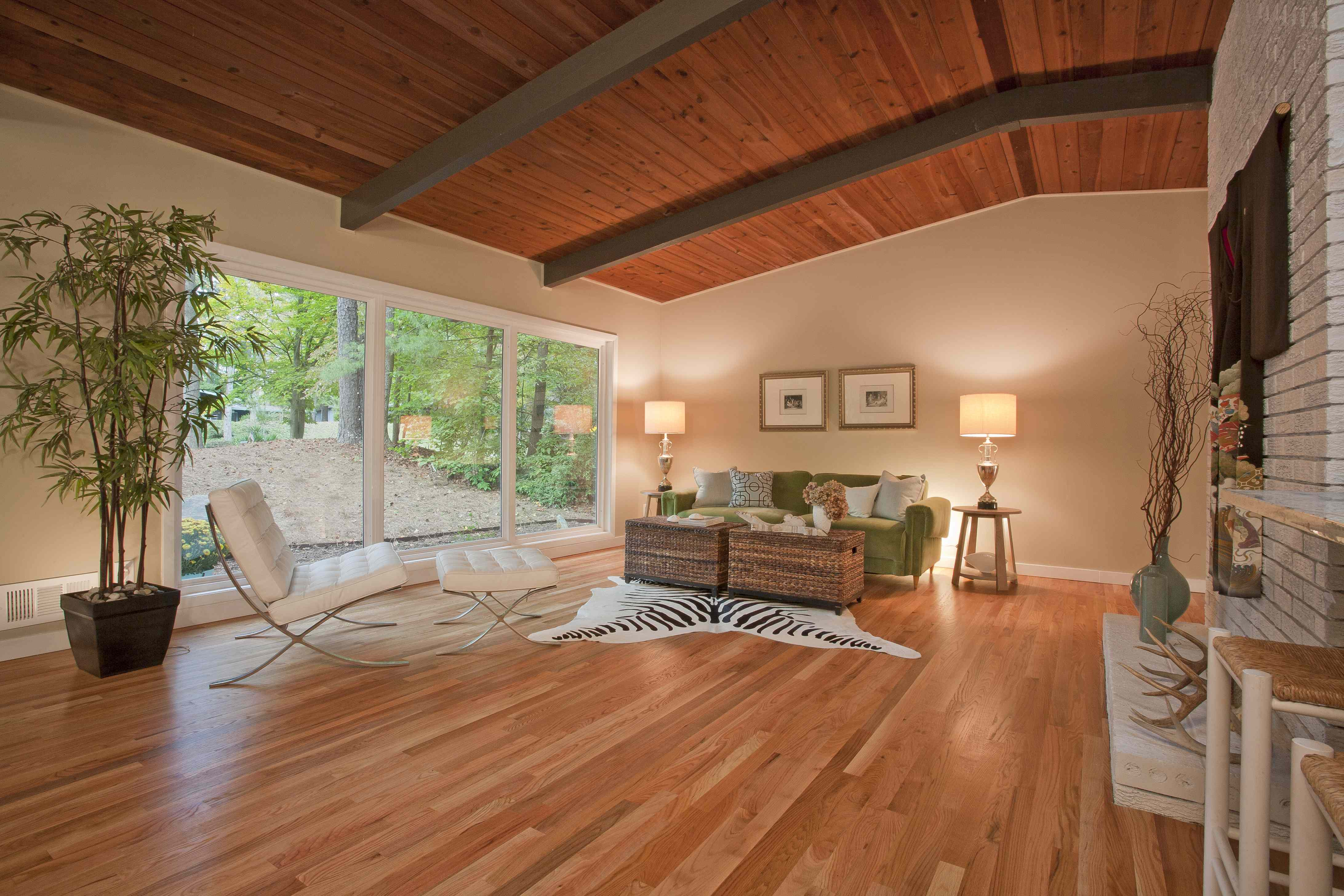Modern homes atlanta ga archives domorealty Mid century modern flooring