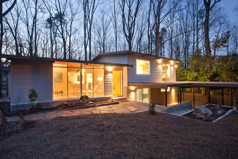 Mid century modern atlanta dream home gets a make over for Dream homes in atlanta