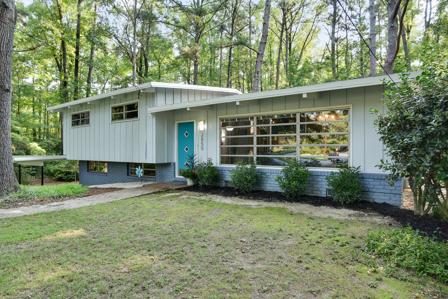 Atlanta mid century modern for under 300k domorealty Contemporary homes atlanta