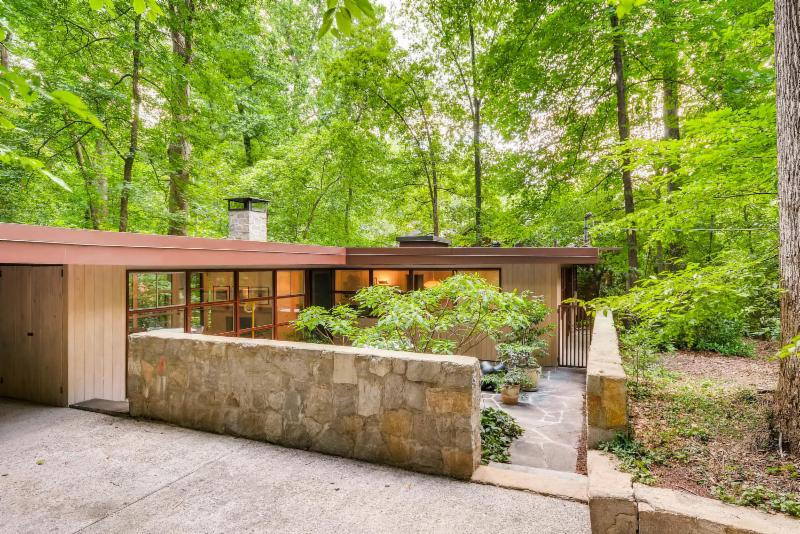 atlanta modern homes for sale atlanta mid century modern homes for sale atlanta