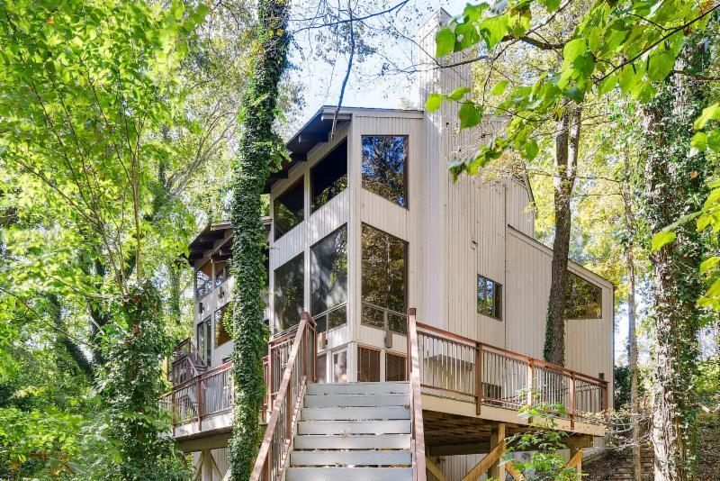 Sandy Springs Homes for sale, Modern Atlanta Homes, Modern Sandy Springs Homes, Mid-Century Modern Homes, Mid-Century Homes, Sandy Springs Estates, Dunwoody Homes for Sale, Roswell Homes for sale