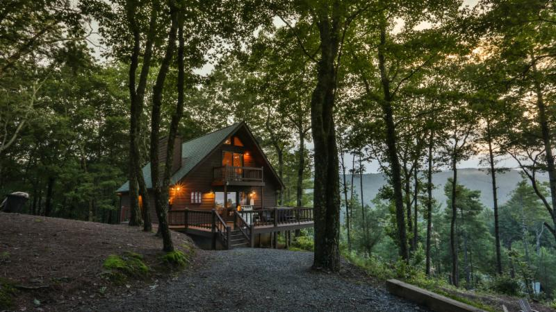 114 Boone Court, Ellijay – Just Listed!