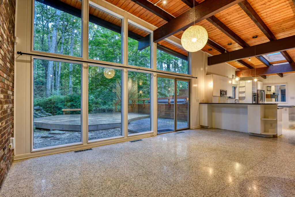 Atlanta Midcentury Modern homes 1172 W Wesley Rd, Domo Realty, Atlanta Modern Homes, Atlanta Midcentury Modern Homes for Sale